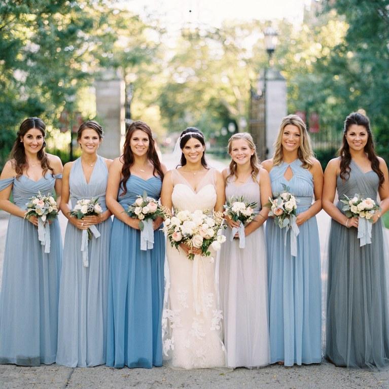 3 Incredible Ways to Coordinate Bridesmaid Dresses